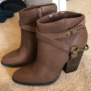 New brown boots!